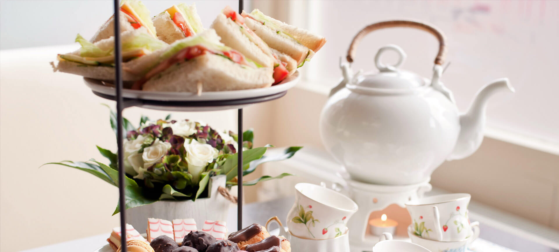 Top 5 Places for Afternoon Tea in Mayfair