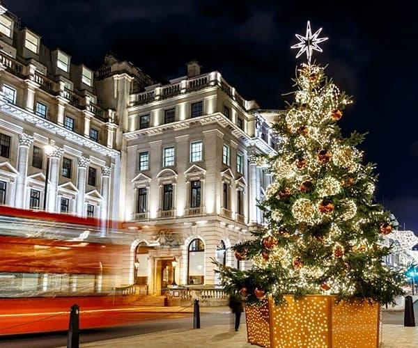 Christmas-tree-lights-Mayfair