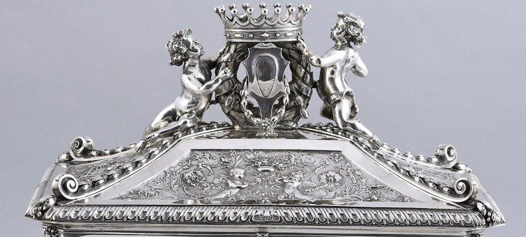 Pash-Antiques-Mayfair