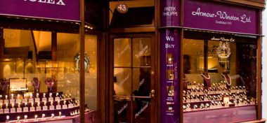 KEEP-GOOD-TIME-WITH-MAYFAIR-WATCH-REPAIRS-