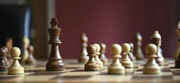 chess-games-king-strategy-lady-chess-board